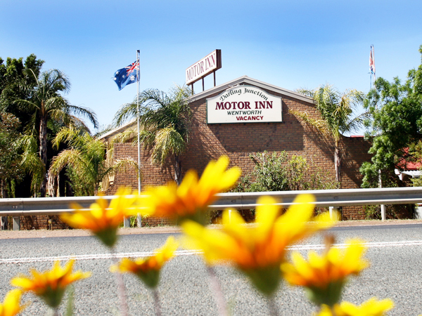 Darling Junction Motor Inn, Wentworth